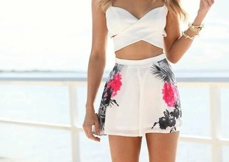 jumpsuit white tank top crop tops white crop tops shorts high waisted shorts flowered shorts white shorts