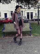 the velvet black,grunge,blogger,t-shirt,band t-shirt,blazer