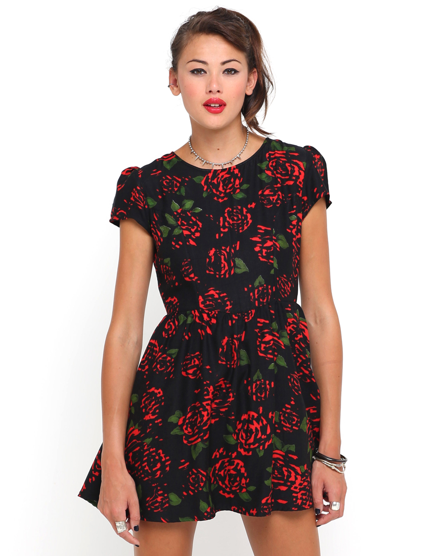 Buy Motel Topi Tea Dress in Tiger Rose at Motel Rocks