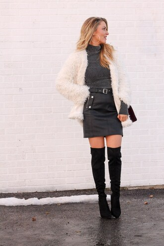 skirt tumblr mini skirt black skirt black leather skirt leather skirt sweater knitted top grey top jacket white jacket white fur jacket fur jacket boots black boots over the knee boots thigh high boots hoop earrings earrings silver silver jewelry jewels jewelry
