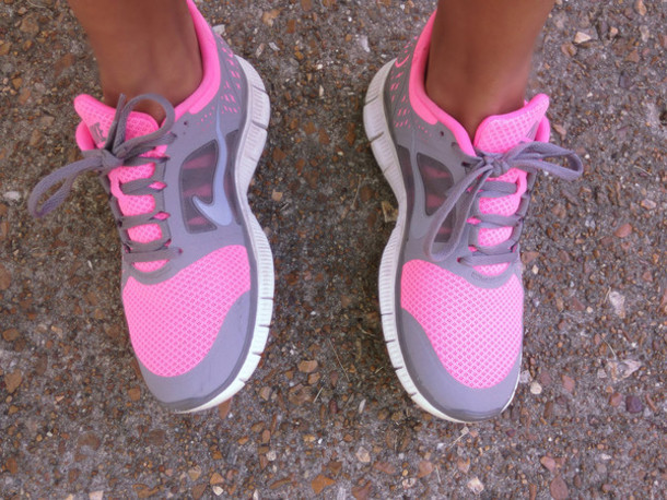 ... shoes nike pink grey running hot pink nike free run