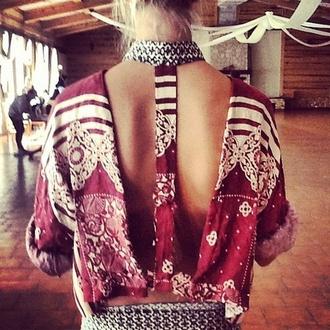 blouse clothes cut-out motif motifs t-back t-shirt crop tops red tank top crochet backless girly girl bohemian boho chic boho hippie open back boho shirt shirt two-piece black dress