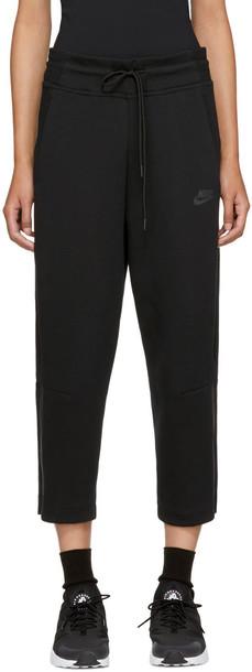 Nike pants cropped black