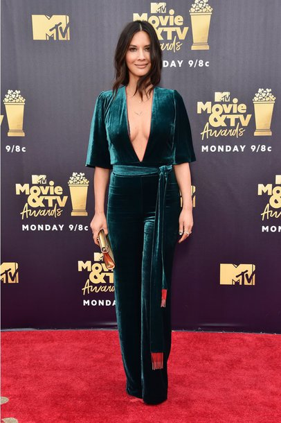 jumpsuit velvet green red carpet mtv movie awards olivia munn celebrity plunge neckline
