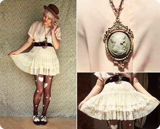 skirt lace lace skirt belt vintage bowler hat cute hearts tights tights pink necklace jeans jewels