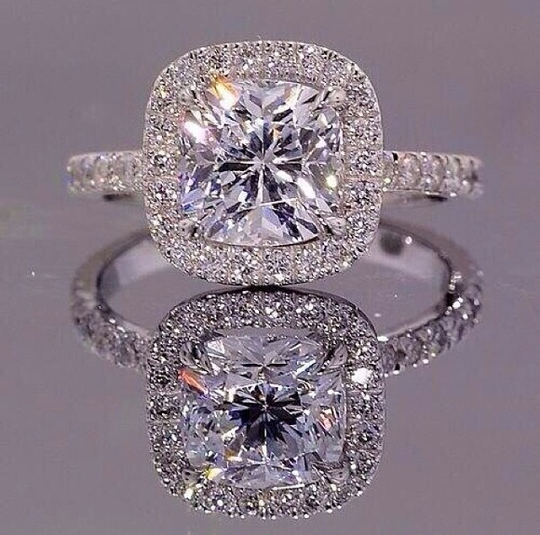 jewels ring exactly like this one engagement ring diamond ring