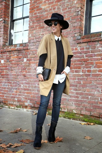 this time tomorrow blogger jeans hat sunglasses camel