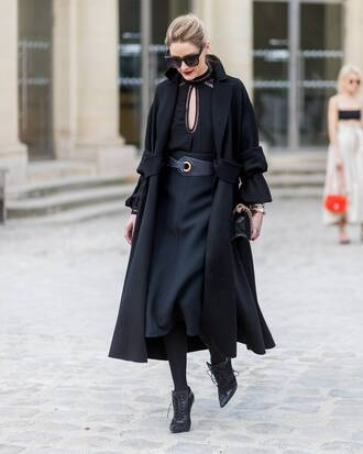 skirt black skirt coat blouse black top tumblr midi skirt black coat black blouse top tights opaque tights boots black boots ankle boots high heels boots sunglasses olivia palermo streetstyle paris fashion week 2017 fashion week fashion week 2017