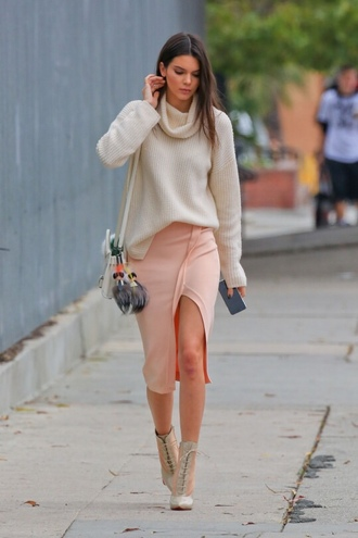 skirt kendall jenner sweater top heels pumps