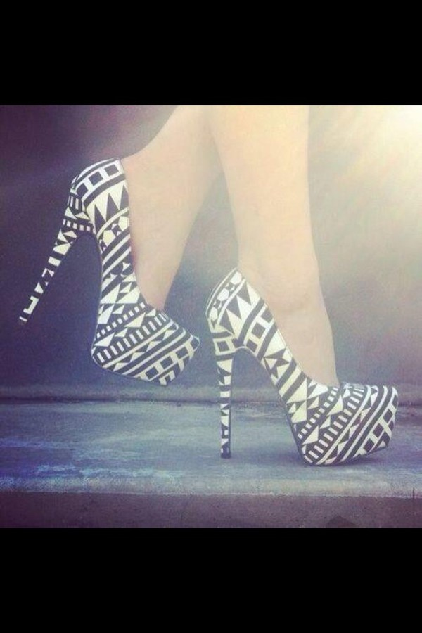 shoes black and white heels high heels 167397 aztec heels aztec pumps black and white