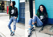 alessandra kamaile,blogger,t-shirt,jeans,shoes,socks,grunge,leather jacket,studded jacket,moon,ripped jeans