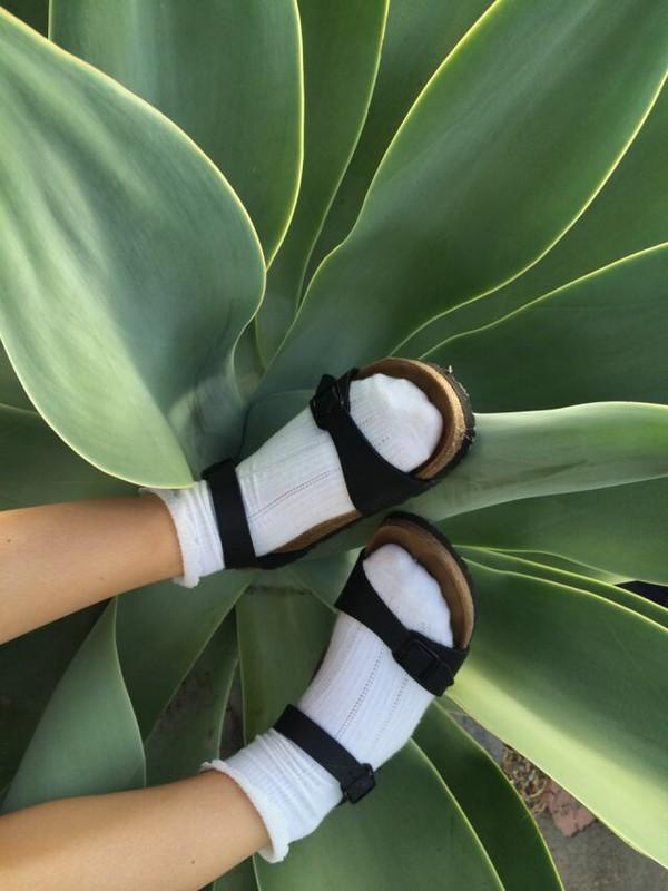 sandals straps birkenstocks flip-flops shoes cute sandals