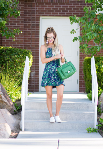 fashion addict blogger dress shoes bag jewels make-up