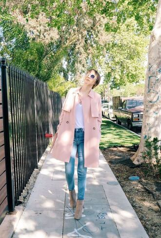 coat trench coat acacia brinley denim ankle boots spring outfits jeans sunglasses shoes