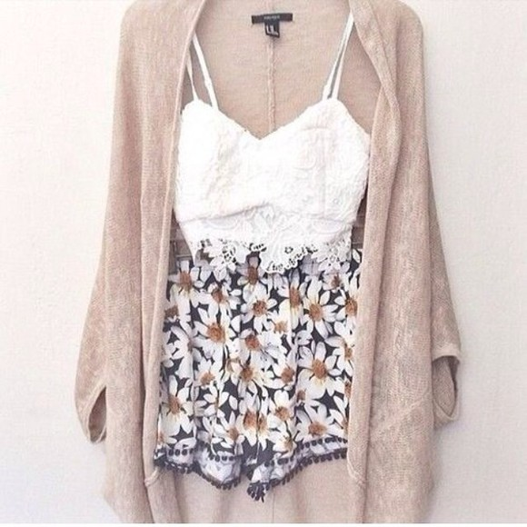 floral shorts hipster long cardigan daisy shorts knitted cardigan indie shorts daisy short shorts jacket cute skirt floral t-shirt sweater soft shorts top bralette bandaeu cargigan cardigan daisy