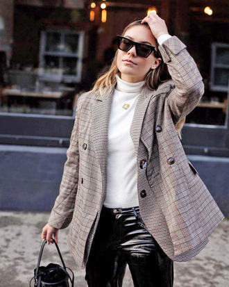 jacket tumblr blazer grey blazer plaid plaid blazer top white top turtleneck necklace gold necklace sunglasses