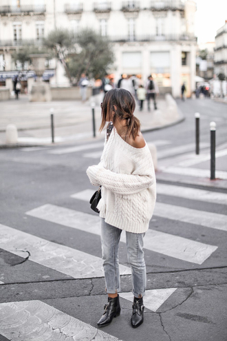sweater tumblr white sweater knit knitwear knitted sweater cable knit denim jeans light blue jeans boots ankle boots flat boots