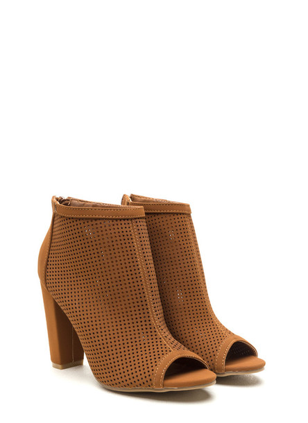 shoes boots heels brown cute girl clothes boho ankle boots brown boots