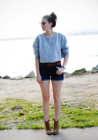 shorts sweater shoes jewels these days