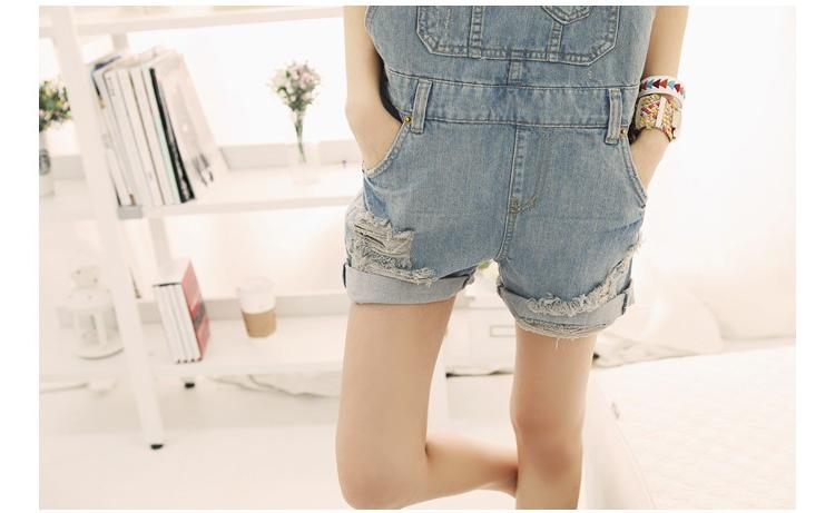 2013 New Fashion women denim shorts with suspenders, hot pants loose big pockets sweet jeans overalls jumpsuits-inJeans from Apparel & Accessories on Aliexpress.com