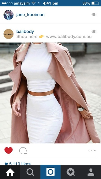 coat rose coat red rose coat white two piece classy two-piece two piece dress set crop tops dress white skirt top jacket long pale pink fashionable trench coat white dress white top white shirt long coat pink girly classy and fabulous beutifull elegant women beautiful rose gold nude trench coat blouse cute rose style tumblr tumblr outfit kimkardashianfashion
