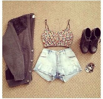 shirt summer boots winter boots ugg boots jacket brown buttons cardigan knitted cardigan knitwear vest denim shorts bralette studded shoes sweater shoes shorts