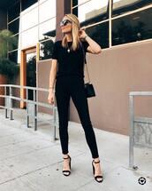 shoes,high heel sandals,strappy sandals,skinny jeans,black jeans,high waisted jeans,black t-shirt,shoulder bag