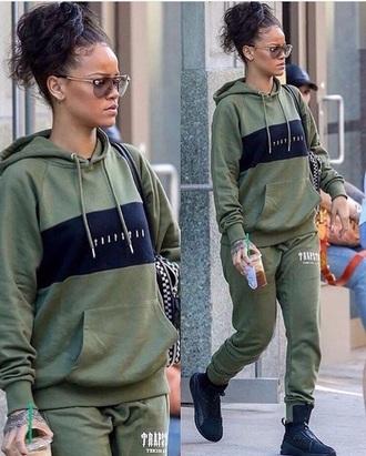 sweater rihanna sweatpants streetwear jacket green jacket