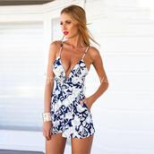 jumpsuit,sexy,sexy dress,clothes,print,fashion dress,style,stylish,women's dresses,straps,sleeveless,white dress,v neck dress,summer 2015 trends,streetstyle,women's