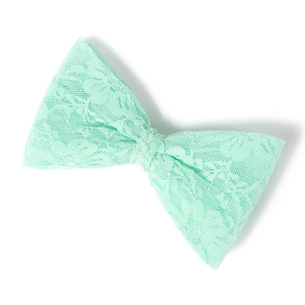 Oversized lace bow hair clip