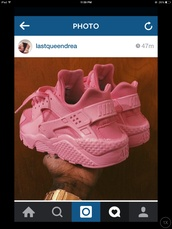 shoes,pink,hot,dope,trill,girly,nike shoes,nike,sneakers,bright sneakers,skirt