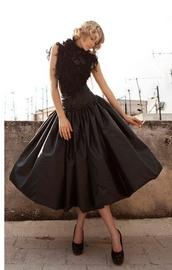 skirt,black,long,puffy,elegant