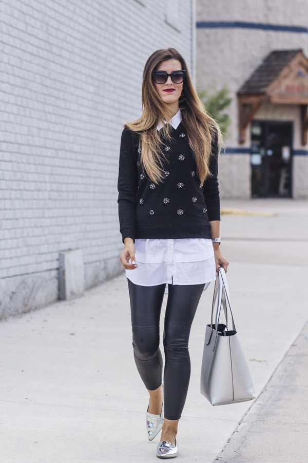 chicstreetstyle blogger pants blouse jewels sunglasses sweater bag shoes loafers tote bag leggings white shirt
