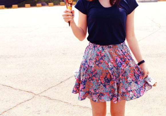 blouse floral skirt