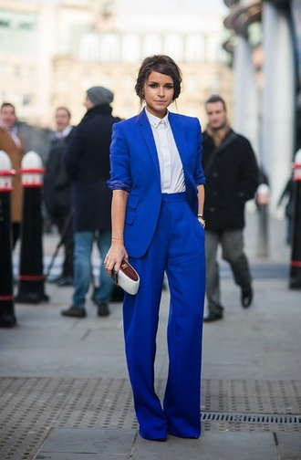 jacket cobalt blue blazer oversized blazer pants suit miroslava duma wide-leg pants celebrity style blouse tailoring long pants high waisted pants power suit womens suit blue pants blue blazer electric blue royal blue shirt white shirt spring outfits office outfits streetstyle fashionista clutch