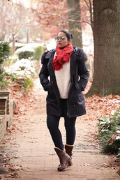 tanvii,blogger,sweater,jeans,shoes,sunglasses,winter outfits,ankle boots,boots