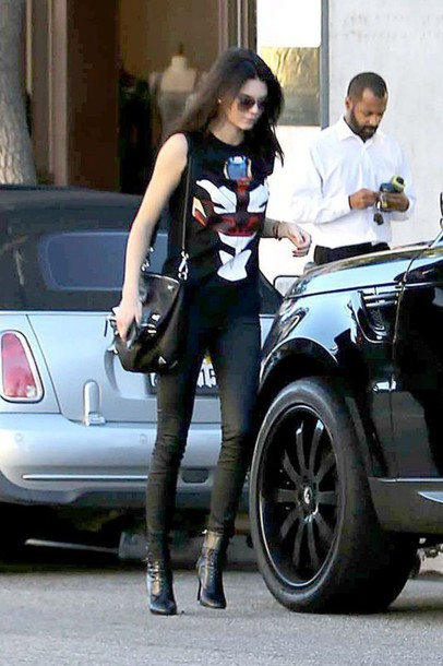 kendall jenner boots top