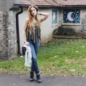 wolf + lace,blogger,top,bag,khaki,necklace,boho,folk,jewels