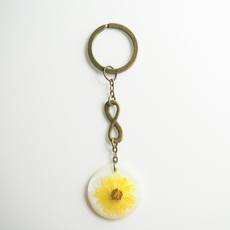 home accessory summer summer handcraft keychain yellow flowers floral gift ideas giftideas daisy