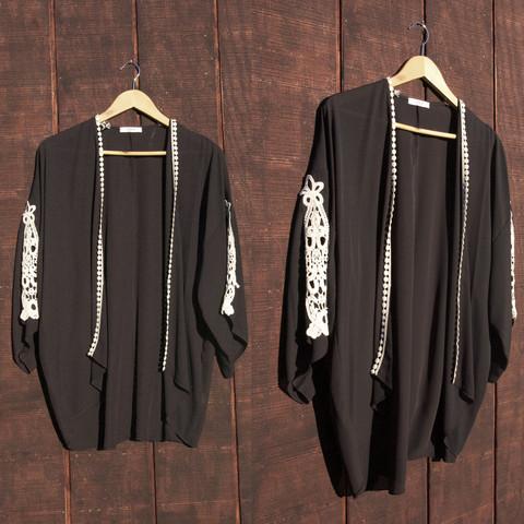 Back to black kimono