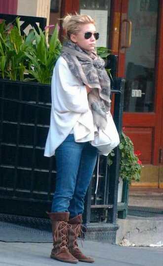 olsen sisters blogger sunglasses winter boots comfy