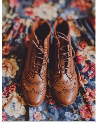 shoes brown booties leather boots laces cute vintage brown boots with laces vintage boots brown leather boots brown leather booties