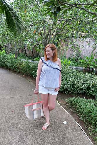 kristinadoestheinternets blogger top shorts bag jewels shoes blue top mini shorts flats summer outfits