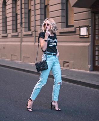 jeans tumblr blue jeans ripped jeans boyfriend jeans sandals sandal heels high heel sandals bag t-shirt black t-shirt