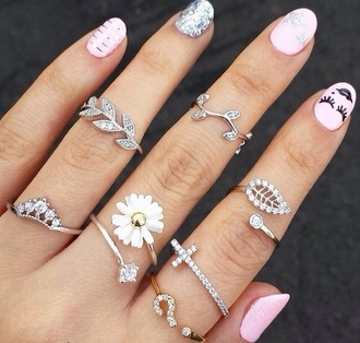 jewels nail accessories hinged rings ring cute flowers cross leaves nature fashion beautiful daisy sunflower ring knuckle ring leaf ring bling silver stylish nails finger style fingers ring set silver ring silver midi rings cross ring nail polish jewelry pink girly jewerly light pink jacket long ring diamonds small ring perfect bagues