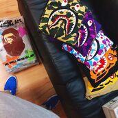 sweater,a bating ape,hoodie,bapehoodie,crazy,bape,fashion,abathingape,love,clothes