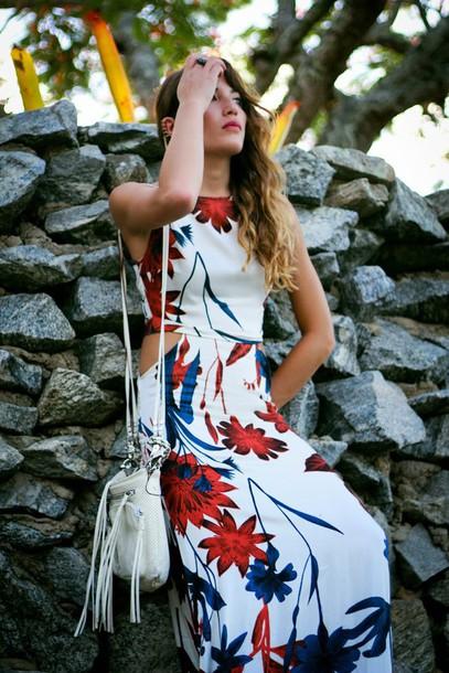 the marcy stop blogger floral dress cut-out dress shoulder bag dress bag jewels