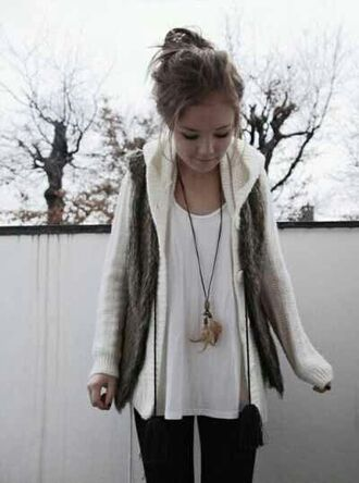 jacket vest necklace winter outfits pinterest