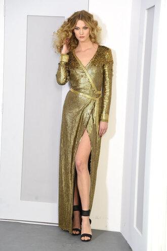 dress gold metallic wrap dress sandals gown prom dress fashion week 2016 karlie kloss model runway ny fashion week 2016