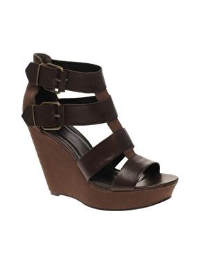 Sandales compensã©es ã boucles en cuir et toile chez asos